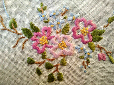 Gorgeous Briar/Dog Roses & Forget-me-nots  ~ Vintage Hand embroidered Doily