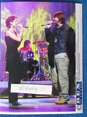 "Original Press Photo - 8""x6"" - Delta Goodrem & Brian McFadden - 2004 - B"