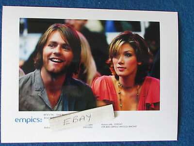 "Original Press Photo - 8""x6"" - Delta Goodrem & Brian McFadden - 2005 - F"