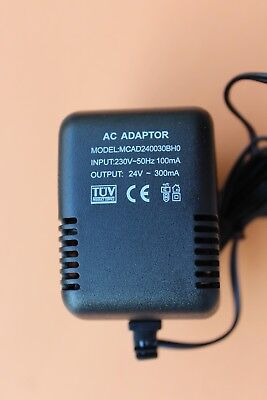 Power Supply Adaptor  AC/AC PSU input 100mA - output 24V AC 300mA UK Plug CCTV+