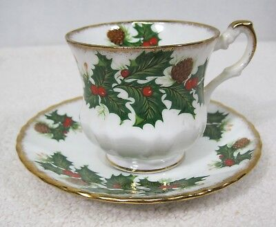Rosina Queens Yuletide Scalloped Footed Cup & Saucer Pinecones Holly Gold Trim