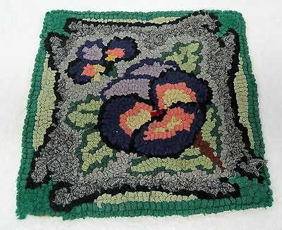 Antique Pansy Rag Hooked Chair Pad Green Purple 12 1/4 In Square T76