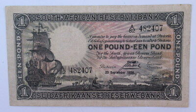South Africa 1 Pound Banknote 1938 Signed J Postmus in VF Condition  #Cb2