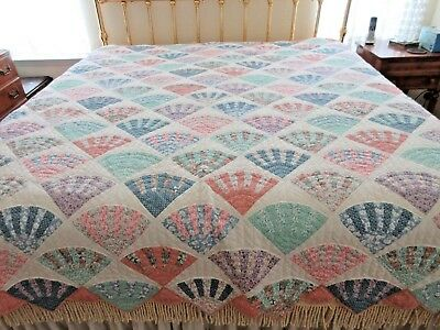 Vintage Arch Quilt Fan Pattern Hand Quilted 93 X 100 King