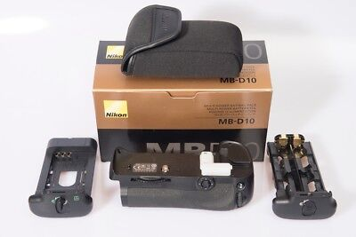 Nikon MB-D10 Multi-Power Battery Pack Mint-