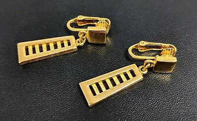 Classic Vintage Gold-tone Clip on Earrings by Trifari