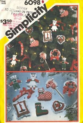 Simplicity 6098 Christmas Ornaments