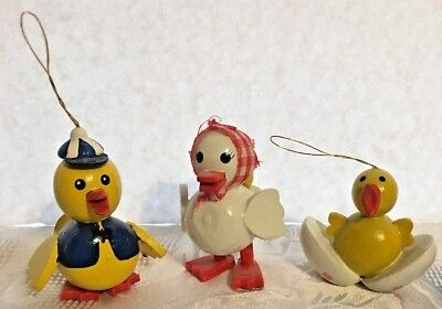 Vtg Dakin Wooden Chick Ornaments LOT Of 3 Easter 1980 Taiwan Yellow White