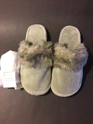 New Pottery Barn Faux Fur Slippers
