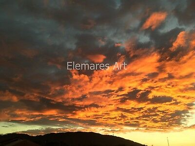 Digital Image Picture JPEG Desktop Wallpaper Screensaver. Sunset and clouds