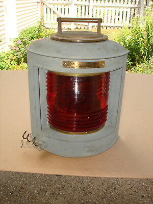 PERKO Red Maritime Navigation Light for Vessels 20-50 Meters in Length