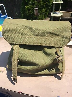British WWII P-37 Small Pack, Missing L Strap Tabs
