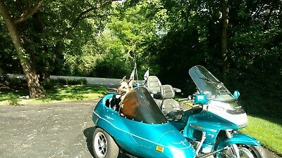 1992 Honda Gold Wing  1992 Honda GL1500 Goldwing SE with California Friendship 2 SIdecar