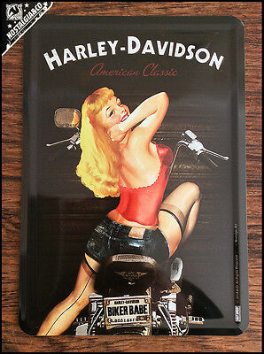 HARLEY DAVIDSON - BIKER BABE Metal Postcard Mini Tin Sign Card pin up motor