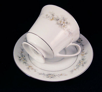 Noritake Contemporary Melissa #3080 Tea Cup And Saucer Set