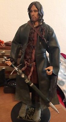 Sideshow Lord of the Rings Aragorn - In Excellent Condition!