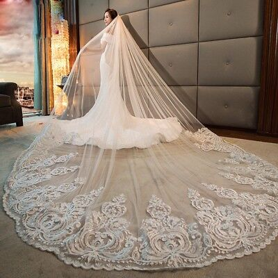 Ivory/White Cathedral/Chapel Wedding Bridal Veils Lace Simple With Comb Custom