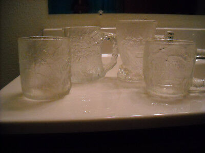 McDONALDS 1993 FLINTSTONES GLASS MUGS COMPLETE SET OF 4