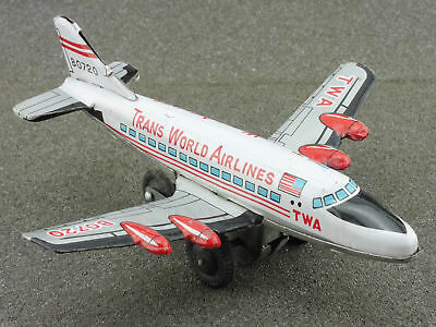 Japan B0720 TWA Trans World Airlines tin litho airplane rare 1604-25-13