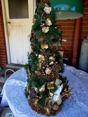 1960s VINTAGE TALL RUSTIC ORNATE INDOOR XMAS TREE DECORATED BAUBLE PINE BOWS ETC