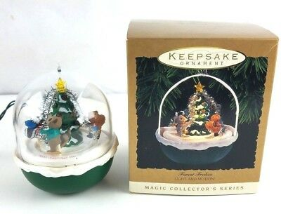 Hallmark Forest Frolics 1993 Light and Motion Ornament Keepsake Magic Collector'