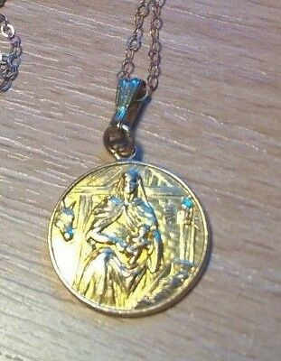 Vintage 9ct Gold Madonna and Child Pendant on Fine Gold Chain. 2.4g approx.