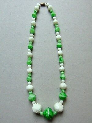 Stunning Art Deco 30s Czech Molded Marbled Art Glass Green White Bead Necklace