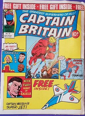 Captain Britain comic issue 24 with free gift. Marvel UK