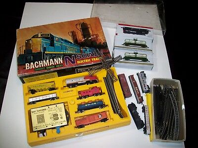 Bachmann N Scale electric train set in box, plus collection from other trains