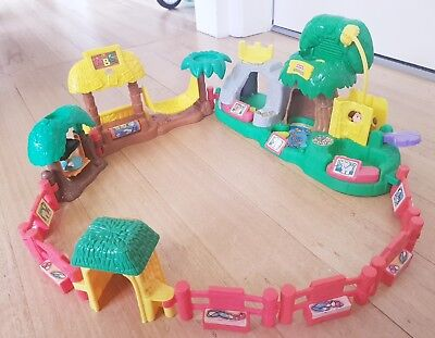 Fisher Price Little People Zoo with animal sounds