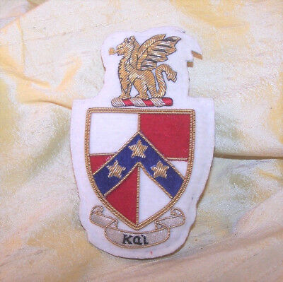 """VINTAGE Beta Theta Pi fraternity beaded crest patch pin, 3 7/8"""" tall NICE"""