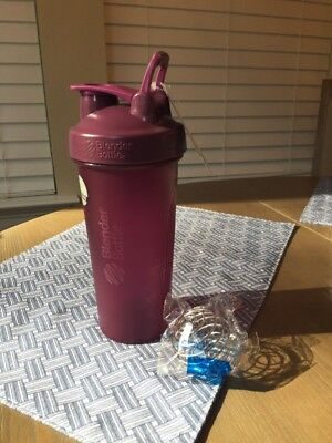 Purple Blender Bottle Classic 28 oz. Shaker | Loop Top