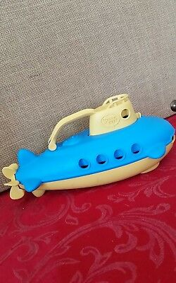 Green Toys Submarine - BPA, Phthalate Free Blue Watercraft with Spinning...
