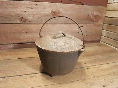 Vintage Rare Antique Cast Iron 3 Legged Bean Pot - Fresh Out Of Barn!