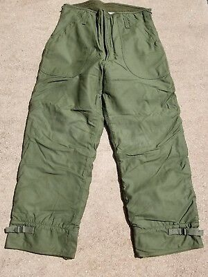 US Military Vintage Trousers Cold Weather Permeable NOS / NWOT Med 31 -34 OD