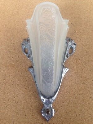 1920's 30's Victorian Art Deco Frosted Glass Wall Mount Sconce Lamp