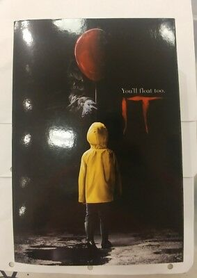 """IT - 7"""" Scale Action Figure - Ultimate Pennywise (2017) - NECA"""