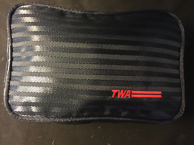 A-Vintage TWA Nylon Toiletry Travel Bag First Class Airline Complete (MINT)