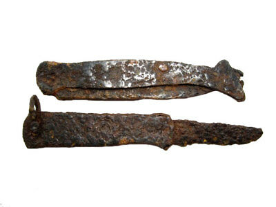 LOT OF 2pcs. POST MEDIEVAL IRON FOLDING KNIVES, WELL CLEANED AND PRESERVED!!!