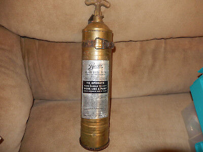 Vintage Pyrene Brass Fire Extinguisher Model C31 W/ Bracket  Nice Condition