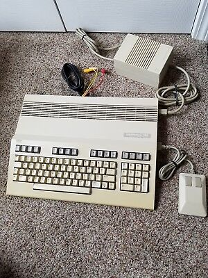 Commodore 128 Vintage Computer (VERY CLEAN!)