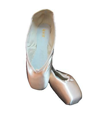 NIB! Bloch Serenade Pointe Shoes S0131L Sizes 1-7.5 Widths B, C, D, E
