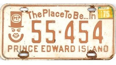 1975 Prince Edward Island PEI License Plate #55-454 The Place To Be No Reserve