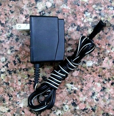 UNIDEN AC ADAPTER MODEL AD-310,UC90020D12 9v 210mA