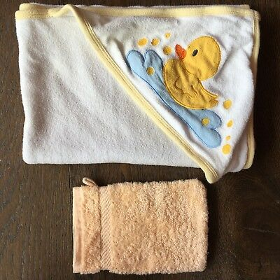 Baby Duck Hooded Towel & Wash Mitt