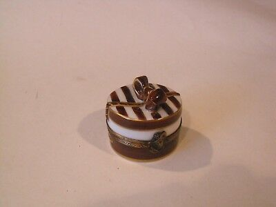 Peint Main Limoges Brown and Gold Hat Box with Removable Porcelain Hat Inside