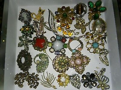 Job lot of Antique  and Vintage brooches for spares or repair. Crystal,pearl etc