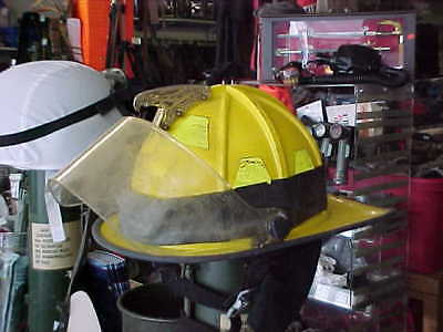 MORNING PRIDE PLUS SERIES  Fire Helmet MILITARY FIRE FIGHTER HAS TO BE CLEANED