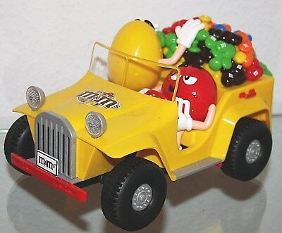"""m&m's Dispenser """"Wheels"""" car Jeep with YELLOW and RED Brand New In Box"""