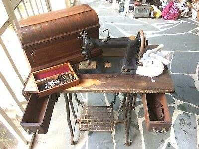 Wheeler and Wilson D-9 complete sewing machine setup. NO RESERVE